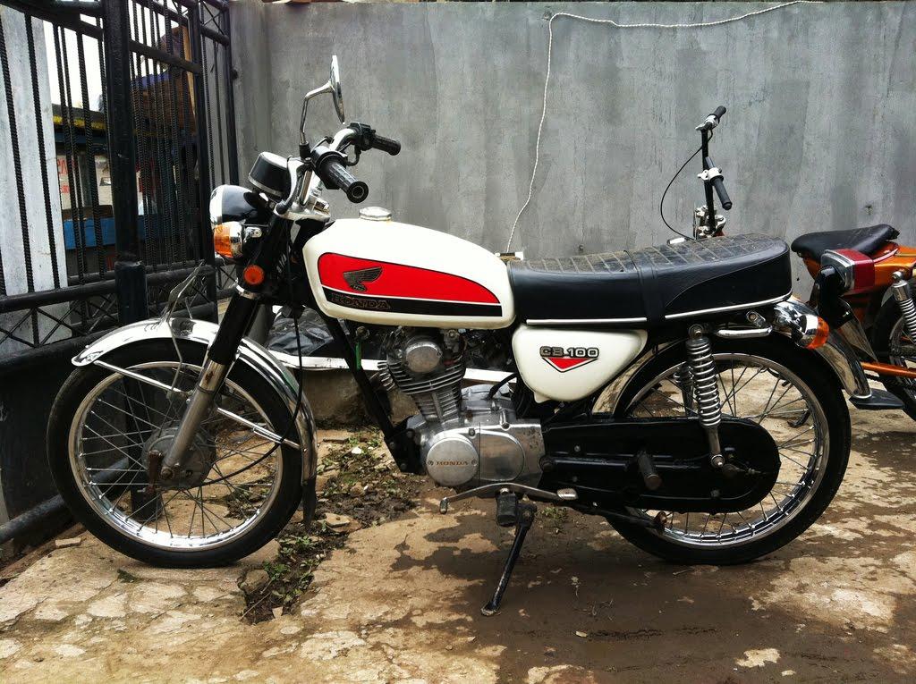 1973 Honda-CB-100-.jpg