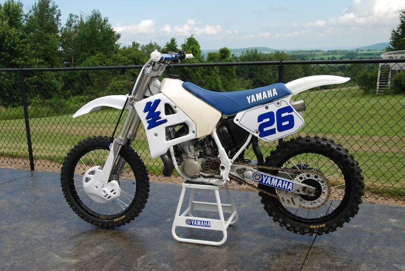 1989 Yamaha YZ 250.jpg