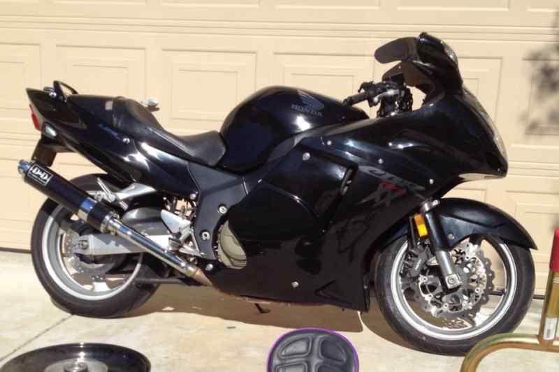 1999 Honda CBR1100XX Blackbird.jpg