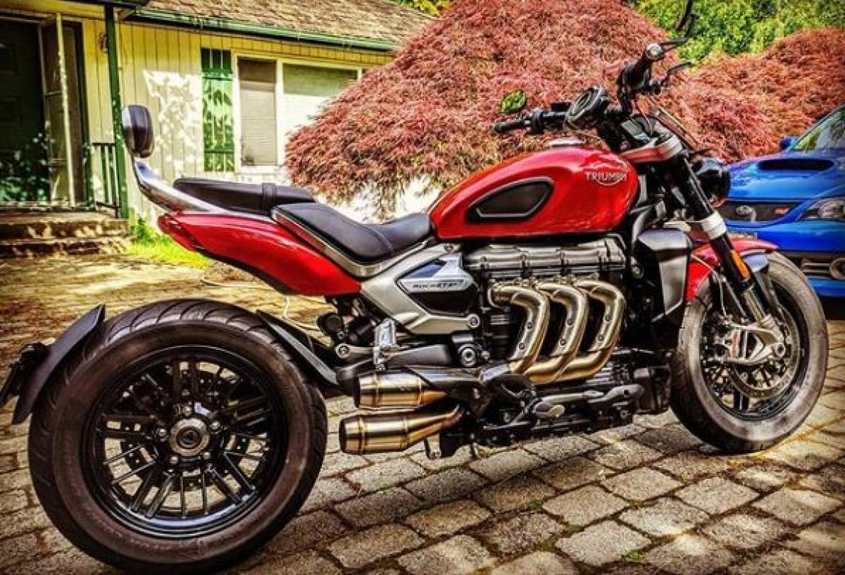 Triumph Rocket 3 Competition Werkes exhaust 01_0.jpg